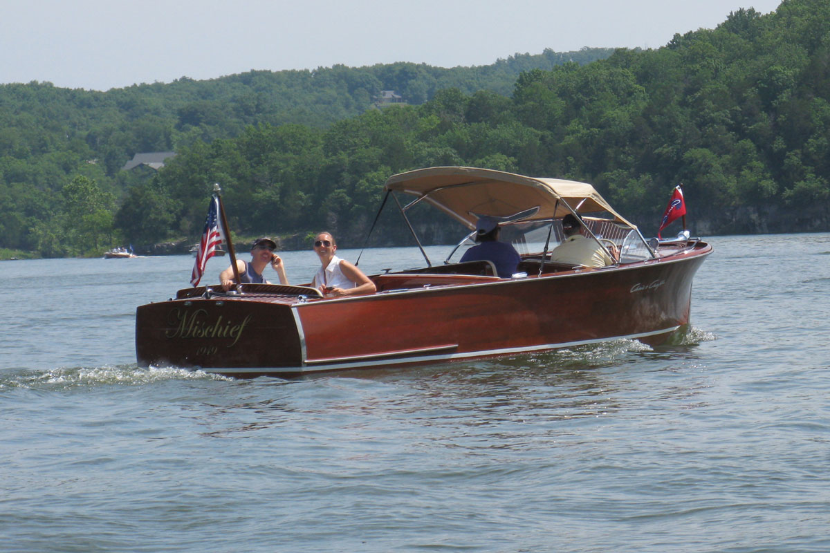 Have you been in mischief acbs antique boats for Chris craft boat club