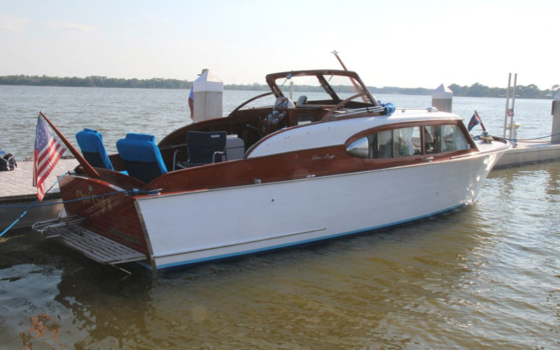 The adventurers of chris 39 craft ii acbs antique boats for Chris craft boat club