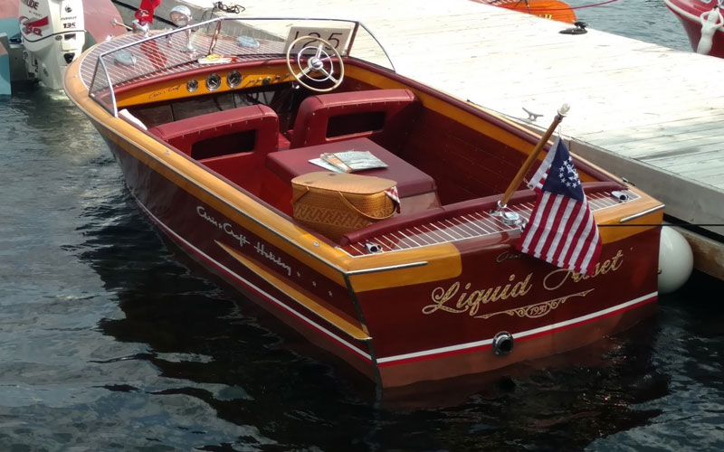 Tuesday tour of vintage boats 5 acbs antique for Chris craft boat club