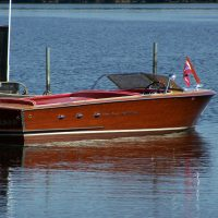 1956 18 ' Chris Craft Continental