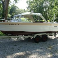 SOLD-1966 Thompson 18' Sea Lancer and 100 h.p. Evinrude